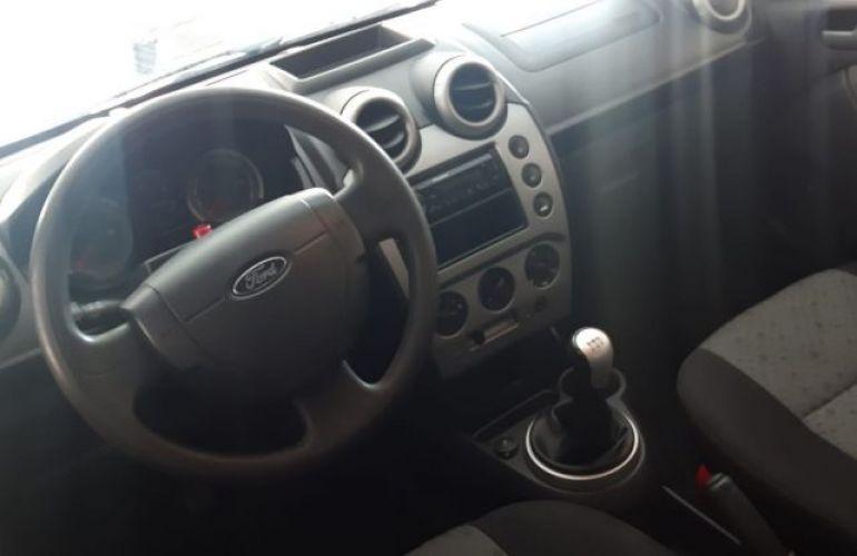 Ford Fiesta 1.6 MPI 8V - Foto #8