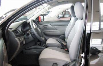 Mitsubishi L200 Triton Sport GLX Outdoor 2.4 4x4 - Foto #7