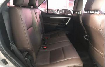 Toyota SW4 2.8 TDI SRX Auto 4x4 4wd - Foto #9