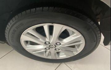 Toyota Yaris HB 1.3 XL MT - Foto #5