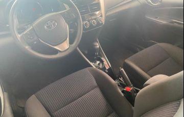 Toyota Yaris HB 1.3 XL MT - Foto #6