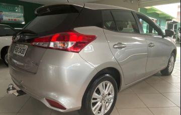 Toyota Yaris HB 1.3 XL MT - Foto #8