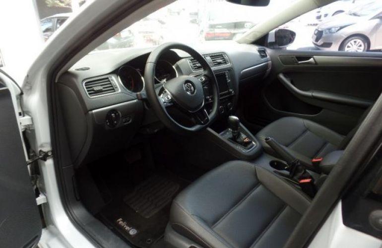 Volkswagen Jetta Comfortline Tiptronic 1.4 TSI - Foto #5