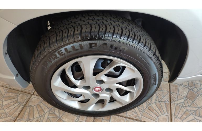 Fiat Uno Drive 1.0 (Flex) - Foto #9