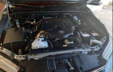 Toyota Hilux 2.8 TDI CD SRX 4x4 (Aut) - Foto #5