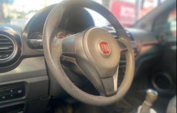 Fiat Grand Siena Attractive 1.4 8V (Flex) - Foto #9