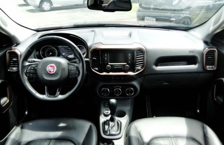 Fiat Toro 2.0 16V Turbo Volcano 4wd - Foto #6