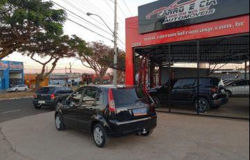 Ford Fiesta 1.0 MPi Trend Hatch 8v - Foto #2