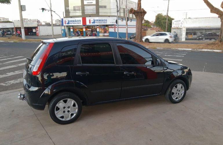 Ford Fiesta 1.0 MPi Trend Hatch 8v - Foto #9
