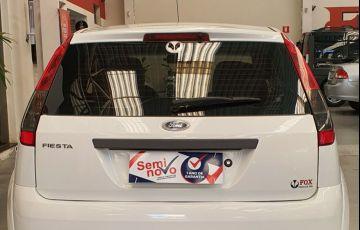 Ford Fiesta 1.0 Rocam SE Plus Hatch 8v - Foto #9