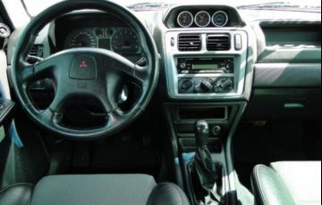 Mitsubishi Pajero Tr4 2.0 Turbo 4x4 - Foto #5