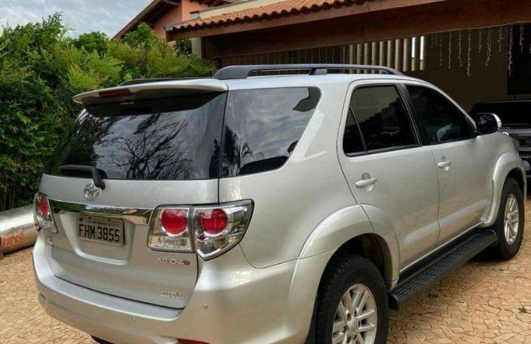 Toyota Hilux 3.0 TDI 4x4 CD SRV - Foto #3