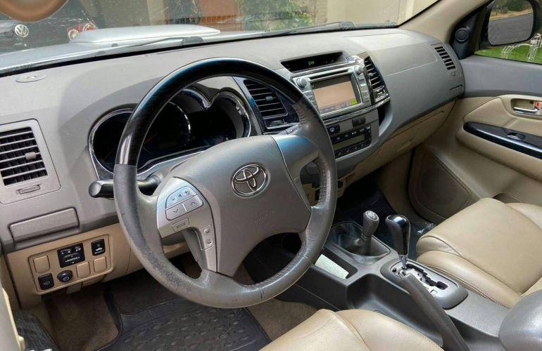 Toyota Hilux 3.0 TDI 4x4 CD SRV - Foto #7