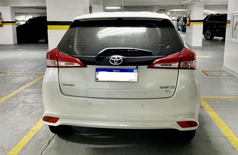 Toyota Yaris 1.3 XL Connect Plus Tech CVT - Foto #2