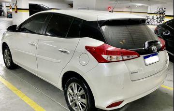 Toyota Yaris 1.3 XL Connect Plus Tech CVT - Foto #3