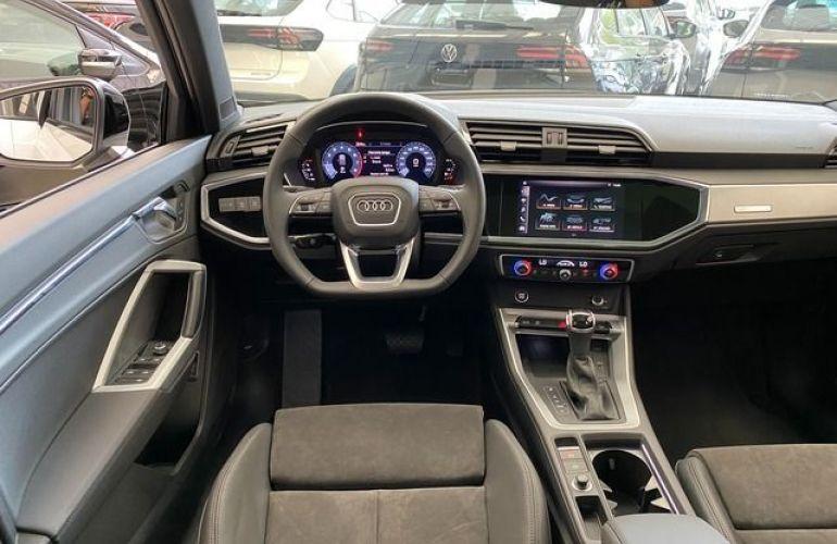 Audi Q3 Black S-tronic 1.4 35 TFSI - Foto #4