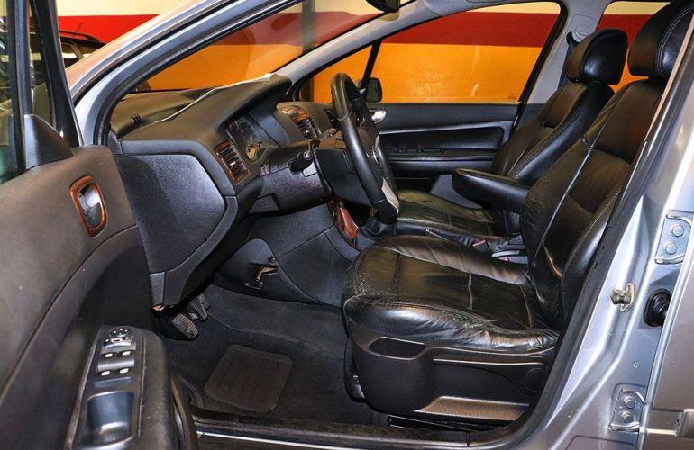Peugeot 307 1.6 Passion 16v - Foto #4