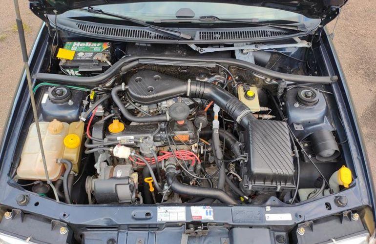 Volkswagen Logus GL 1.8 - Foto #10