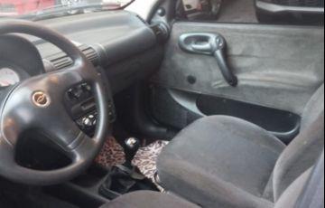 Chevrolet Corsa 1.0 MPFi Milenium 8v - Foto #5
