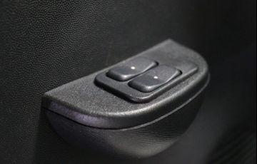 Chevrolet Corsa 1.8 MPFi Maxx Sedan 8v - Foto #8