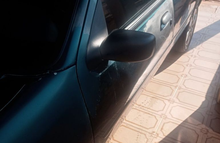 Ford Fiesta Hatch GLX 1.6 MPi 4p - Foto #3