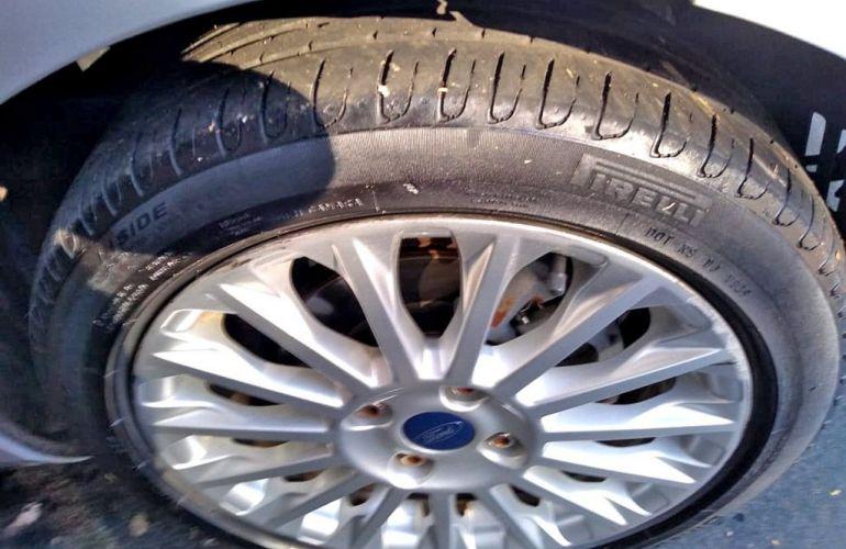 Ford Fiesta 1.6 Titanium Hatch 16v - Foto #7