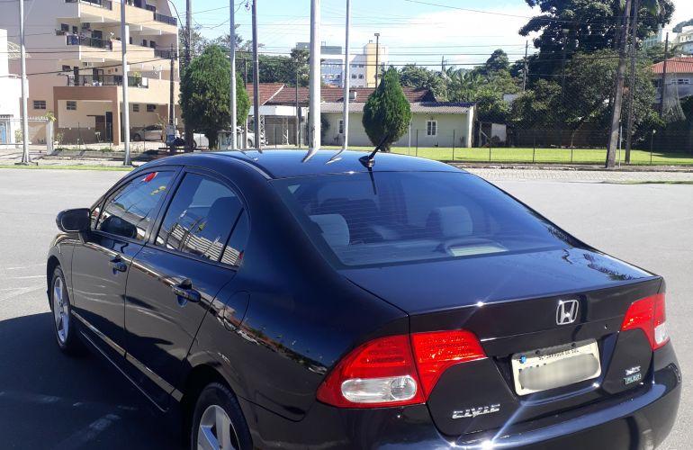 Honda New Civic LXS 1.8 (Flex) - Foto #6