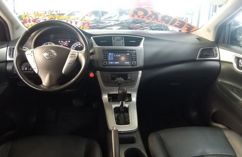 Nissan Sentra 2.0 SL 16v - Foto #5