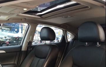 Nissan Sentra 2.0 SL 16v - Foto #6