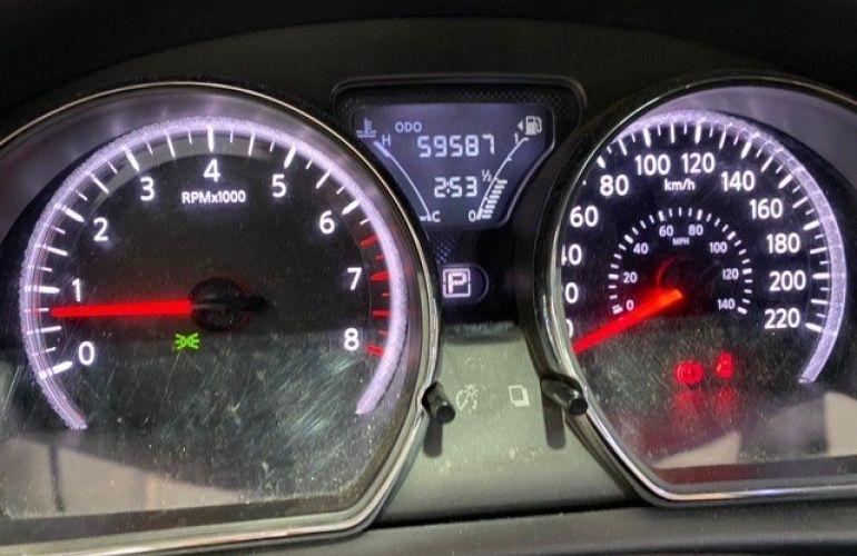 Nissan Versa 1.6 16V Flexstart Sl - Foto #8