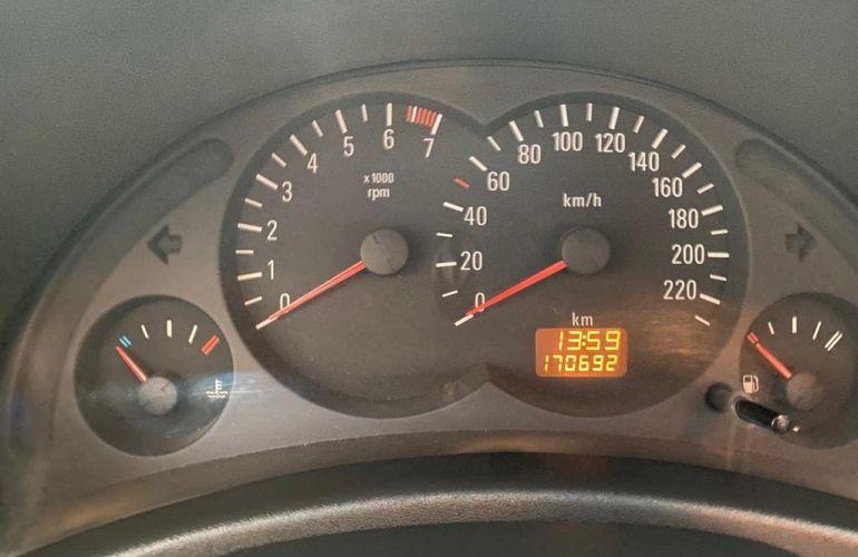 Chevrolet Prisma 1.0 LT SPE/4 - Foto #9