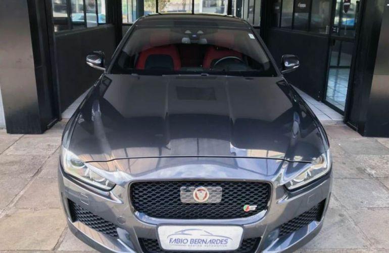 Jaguar XE S 3.0 V6 SC - Foto #1