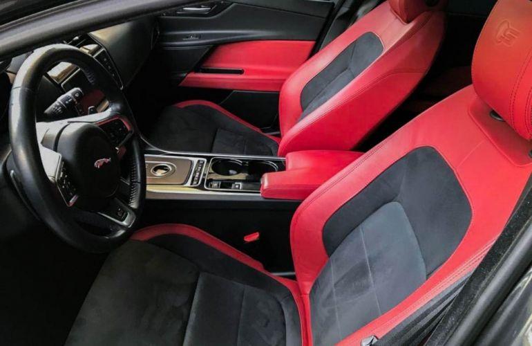 Jaguar XE S 3.0 V6 SC - Foto #7