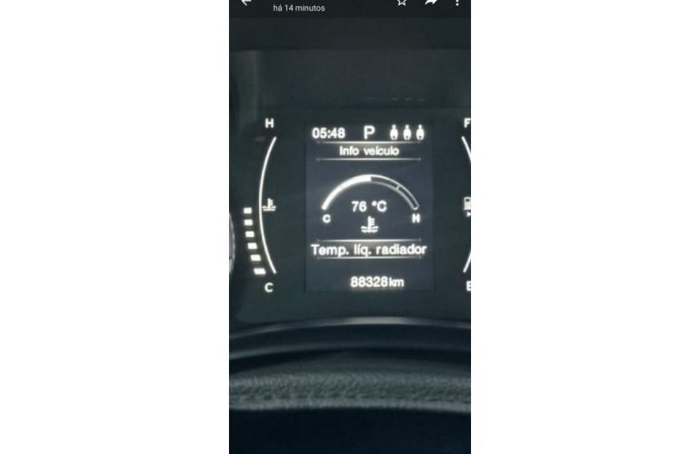 Jeep Renegade 1.8 Longitude (Aut) - Foto #8