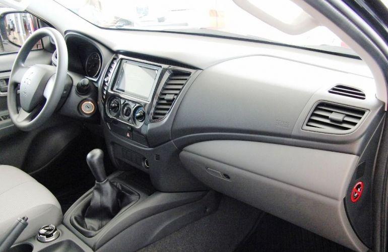 Mitsubishi L200 Triton Sport GLX Outdoor 2.4 - Foto #4