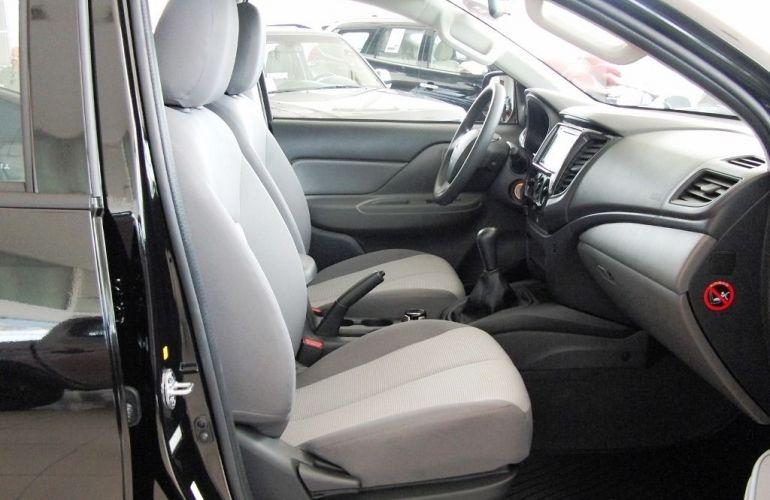 Mitsubishi L200 Triton Sport GLX Outdoor 2.4 - Foto #5