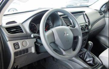 Mitsubishi L200 Triton Sport GLX Outdoor 2.4 - Foto #6