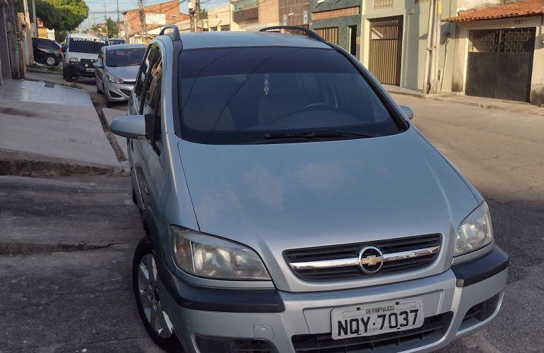Chevrolet Zafira Comfort 2.0 (Flex) - Foto #6