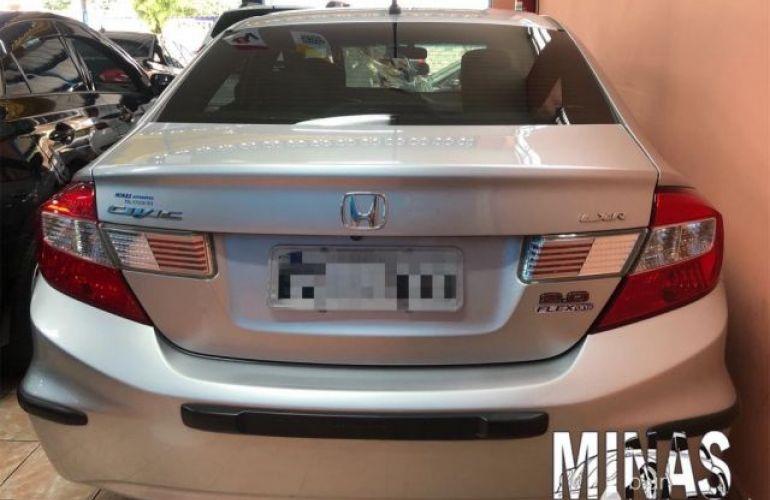 Honda Civic LXR 2.0 16V Flex - Foto #3