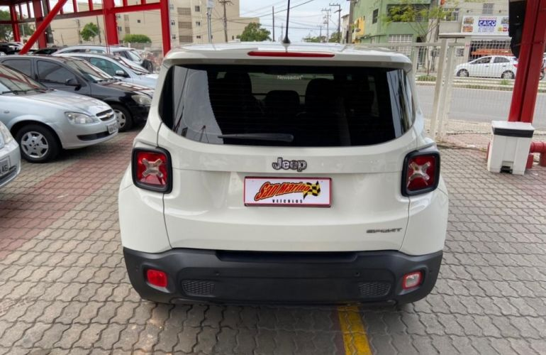 Jeep Renegade 1.8 Sport (Aut) - Foto #5