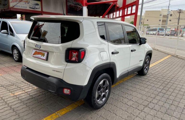 Jeep Renegade 1.8 Sport (Aut) - Foto #6