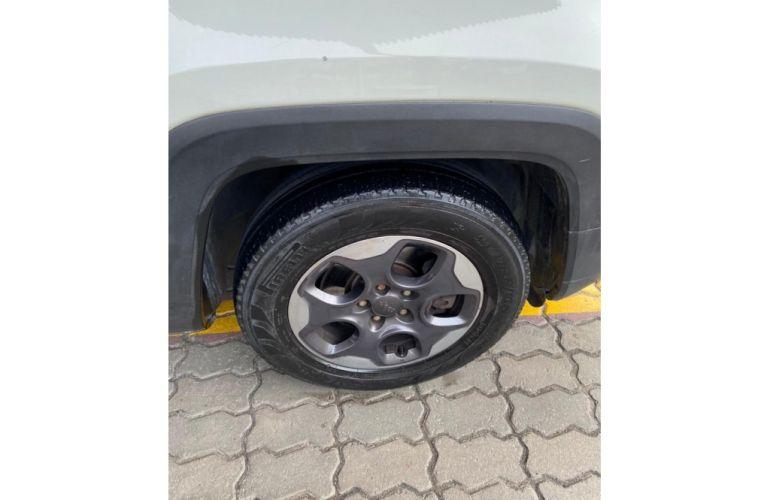 Jeep Renegade 1.8 Sport (Aut) - Foto #7