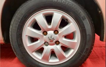 Peugeot 207 1.4 Xr 8V Flex 4p Manual - Foto #5