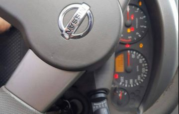 Nissan Frontier SE 4x4 2.8 Eletronic (cab. dupla) - Foto #2