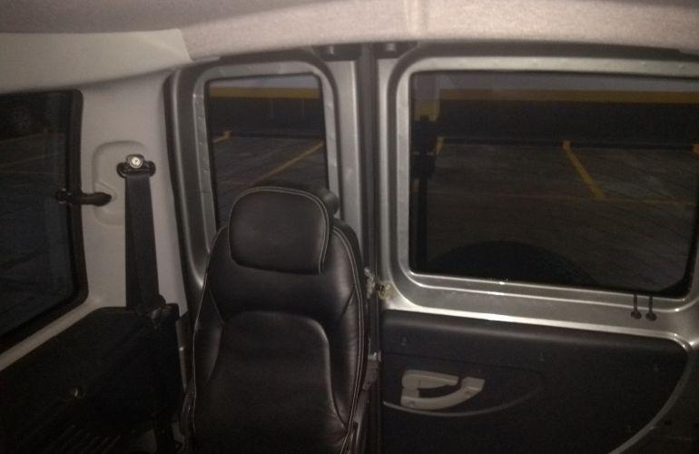 Fiat Doblò Adventure 1.8 16V (Flex) - Foto #6
