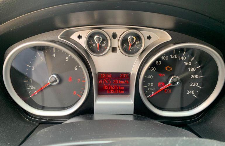 Ford Focus Hatch GL 1.6 16V (Flex) - Foto #1