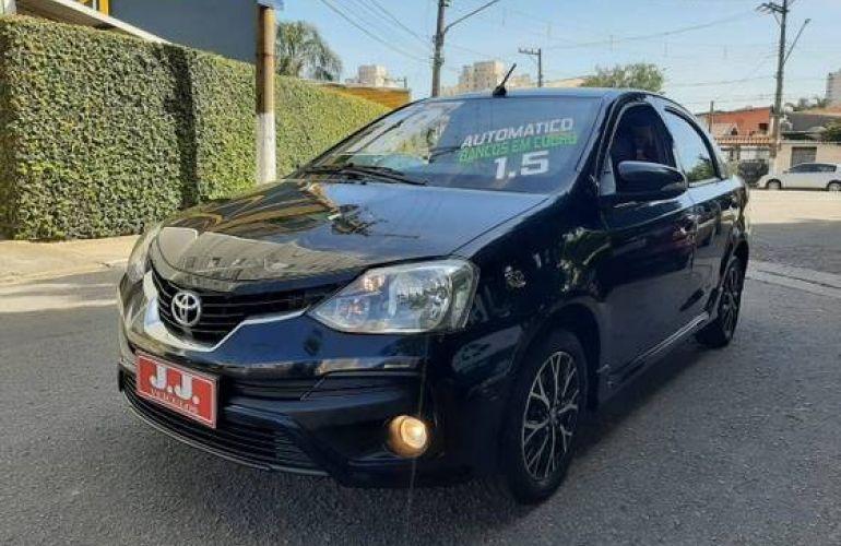 Toyota Etios 1.5 Platinum Sedan 16v - Foto #2