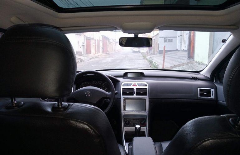 Peugeot 307 Sedan Presence Pack 2.0 16V (flex) (aut.) - Foto #6