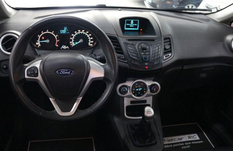 Ford Fiesta 1.6 SEL - Foto #9