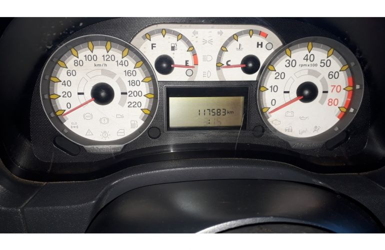 Fiat Strada 1.8 CD Adventure - Foto #7